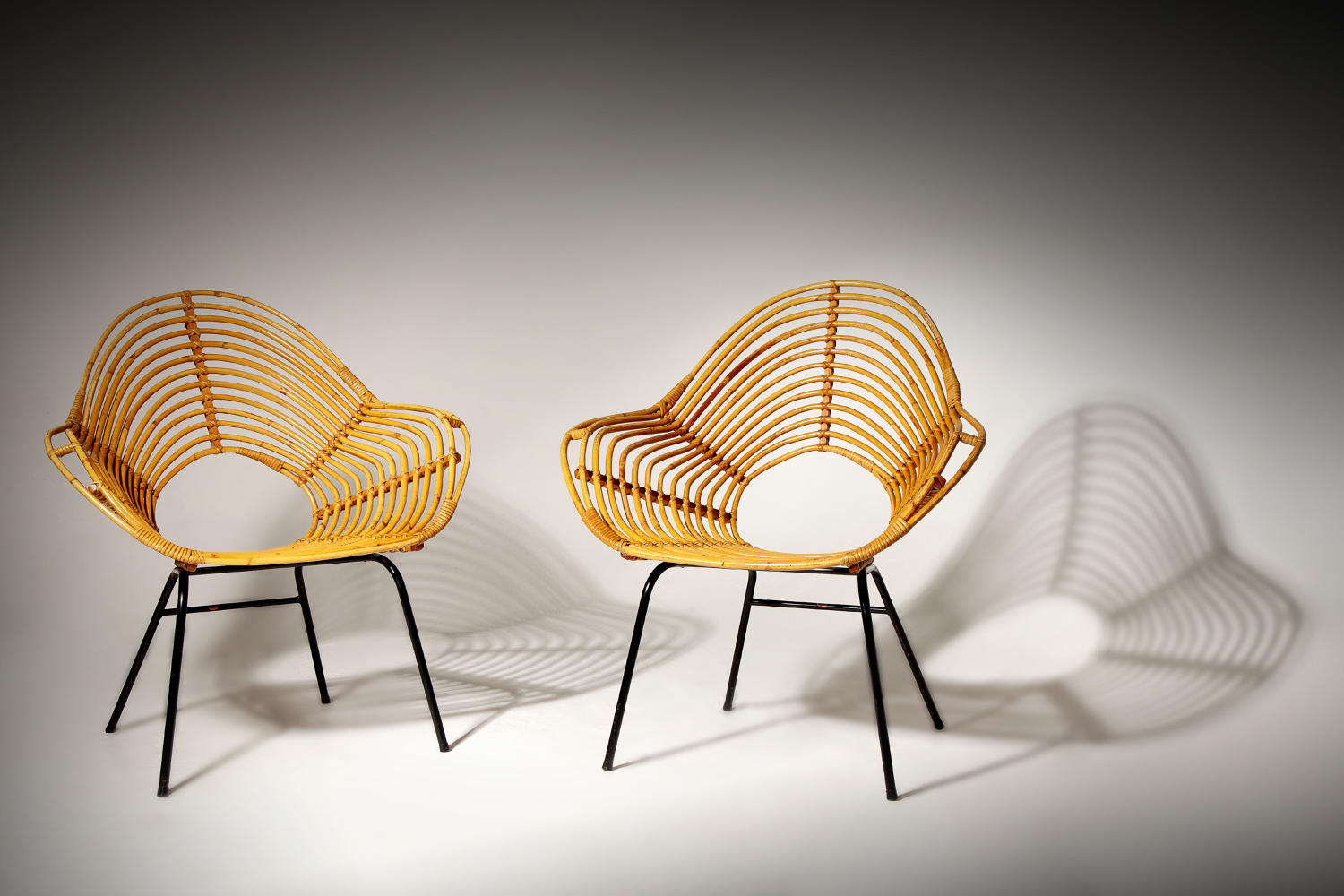 A pair of stylish Rohe, Noordwolde rattan armchairs c.1950